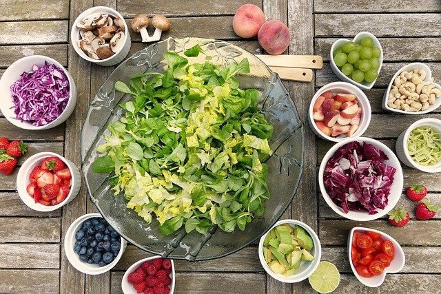 How eating healthy helps you live a healthier life